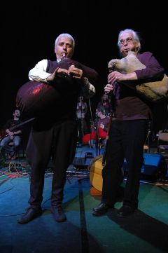 Performing with Birol Topaloglu at Kadikoy  Cultural Centre, Istanbul,  Dec 07